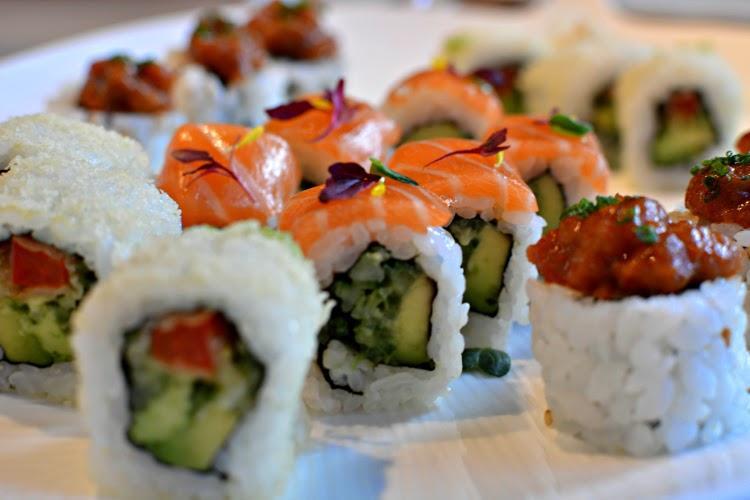 sake-no-hana-uami-salmon-sushi